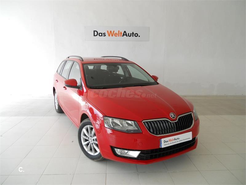 skoda octavia combi 1.6 tdi cr 105cv elegance 4x4 diesel rojo (rojo