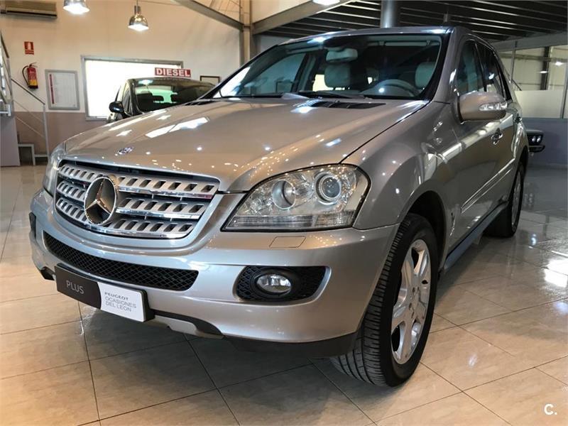 Mercedes Benz Clase M 4x4 Ml 320 Cdi Diesel De Color Gris Plata