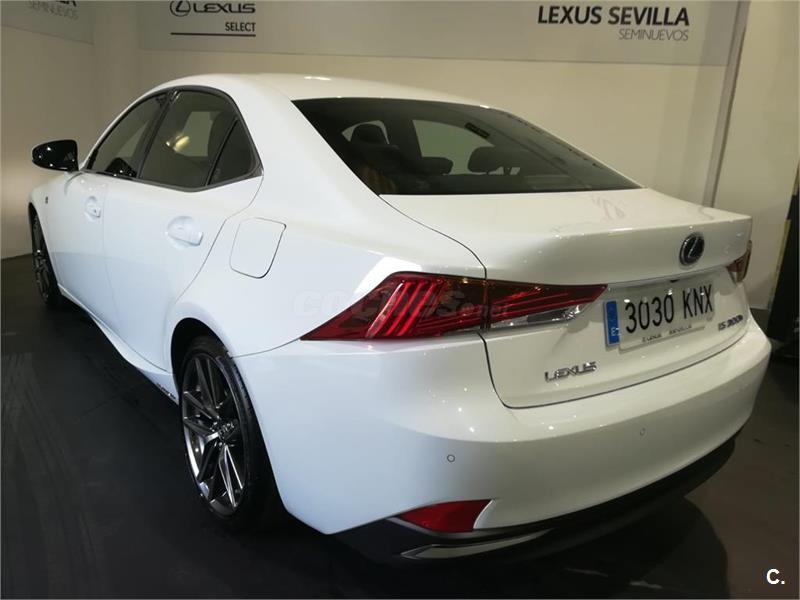 lexus is berlina 2.5 300h f sport eléctrico / híbrido de km0 de
