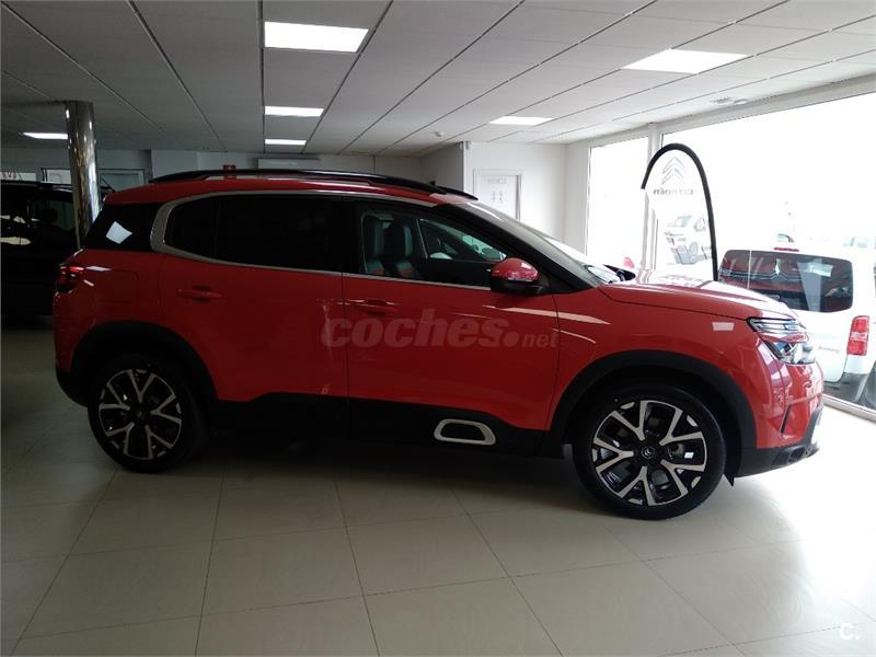 citroen c5 aircross 4x4 bluehdi 96kw 130cv ss eat8 feel diesel de nuevo de color rojo rojo. Black Bedroom Furniture Sets. Home Design Ideas