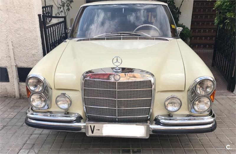 Mercedes 250se en Valencia 45045734