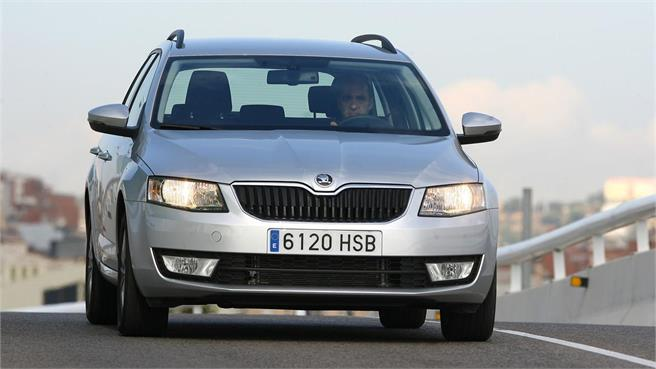 prueba skoda octavia combi 2 0 tdi 150cv dsg ambition. Black Bedroom Furniture Sets. Home Design Ideas