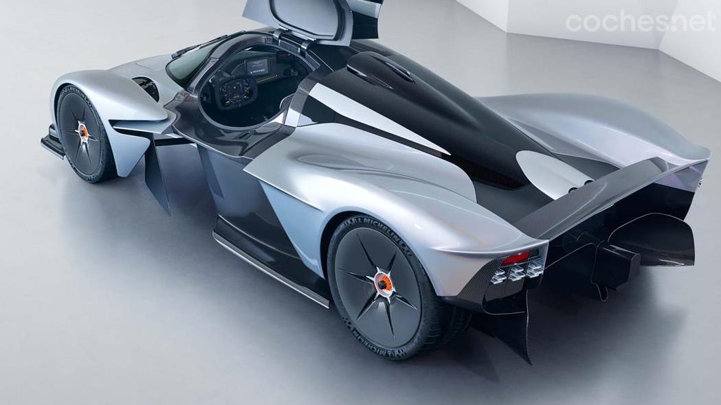 Aston Martin Valkyrie, ultra minimalista