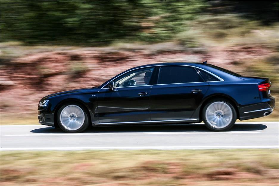 Audi A8 L 6.3 FSI W12
