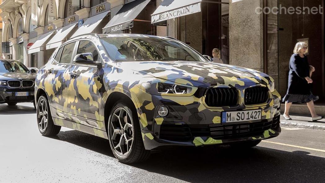 BMW X2 camuflado en Milán