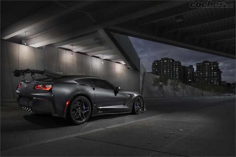 Chevrolet Corvette ZR1 con 755 CV
