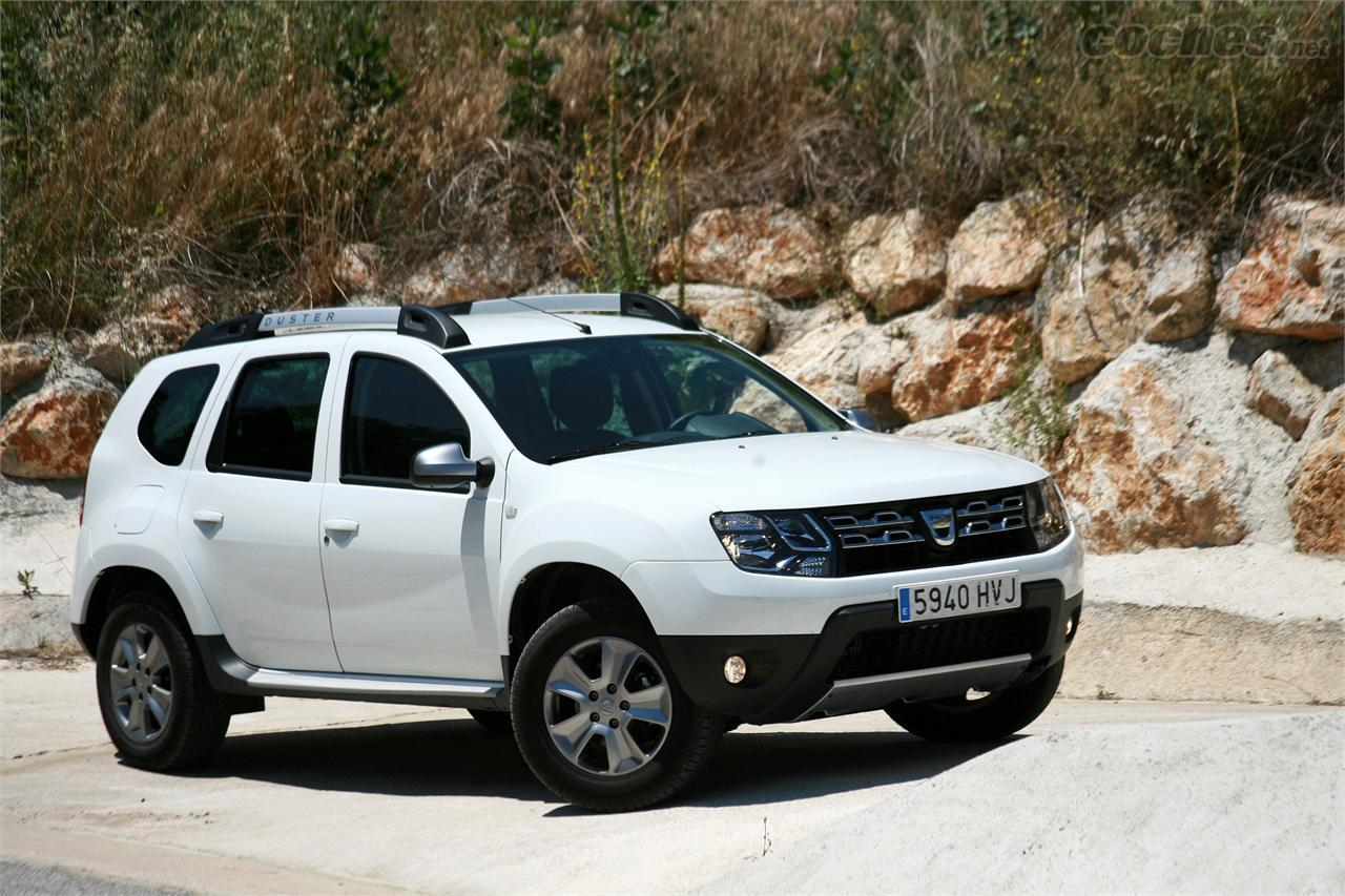 Fotos dacia duster 1 5 dci laureate 4x4 foto 30 for Immagini dacia duster