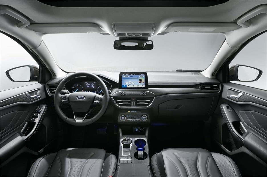 Ford Focus, ahora también crossover
