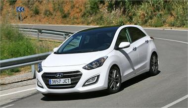 Hyundai i30  1.6 CRDi 136 CV 7DCT  Style 5 P.