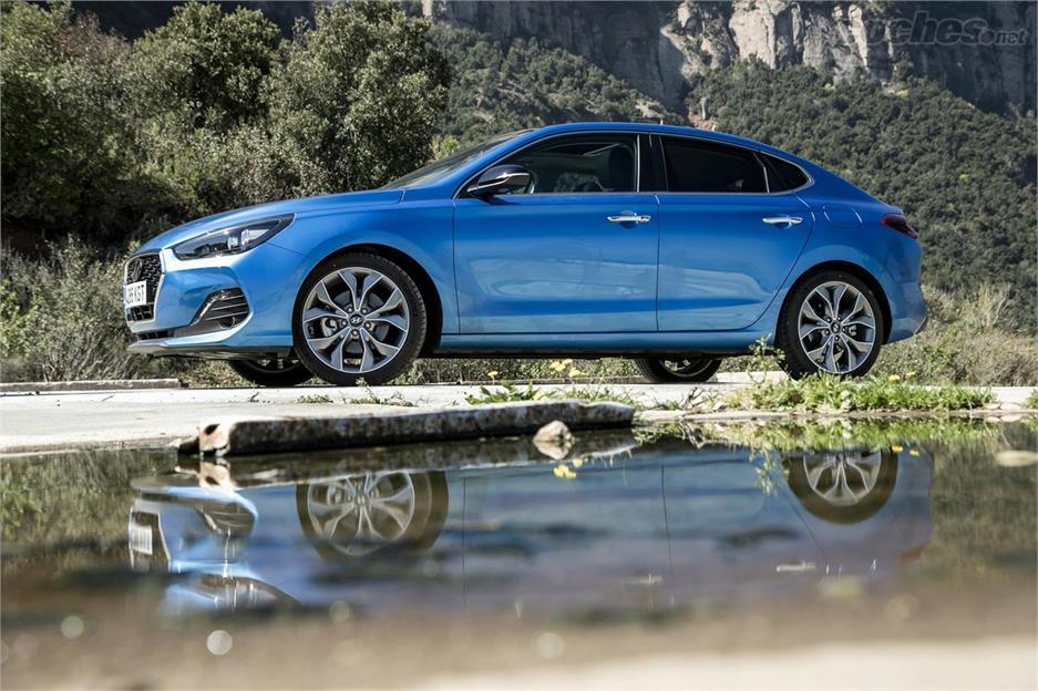 Hyundai i30 Fastback: Videoprueba
