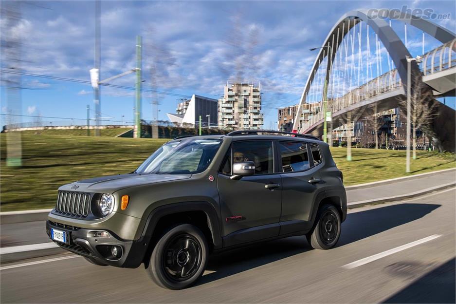 Jeep Renegade 2018: Conectividad