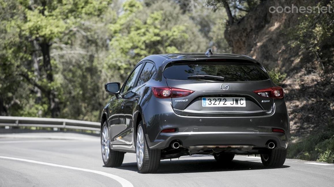 Mazda3 Skyactiv-G 2.0 120 CV Luxury