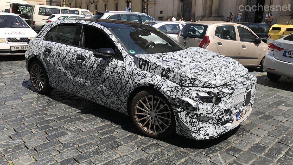 Mercedes-Benz Clase A cazado en Praga