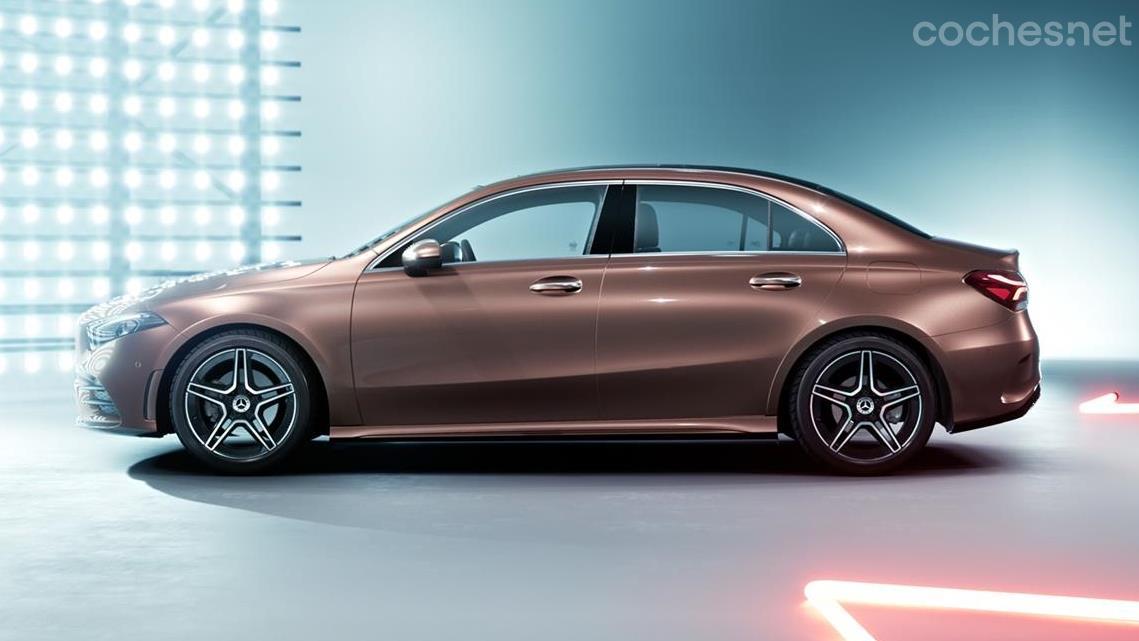 Mercedes-Benz Clase A L Berlina