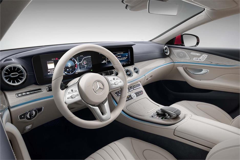 Mercedes-Benz CLS, en la línea del C129