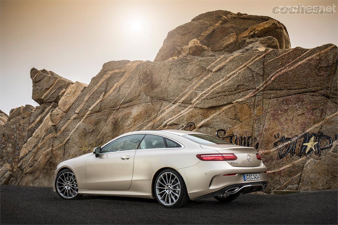 Mercedes-Benz Clase E Coupé: Una auténtica belleza - foto 2