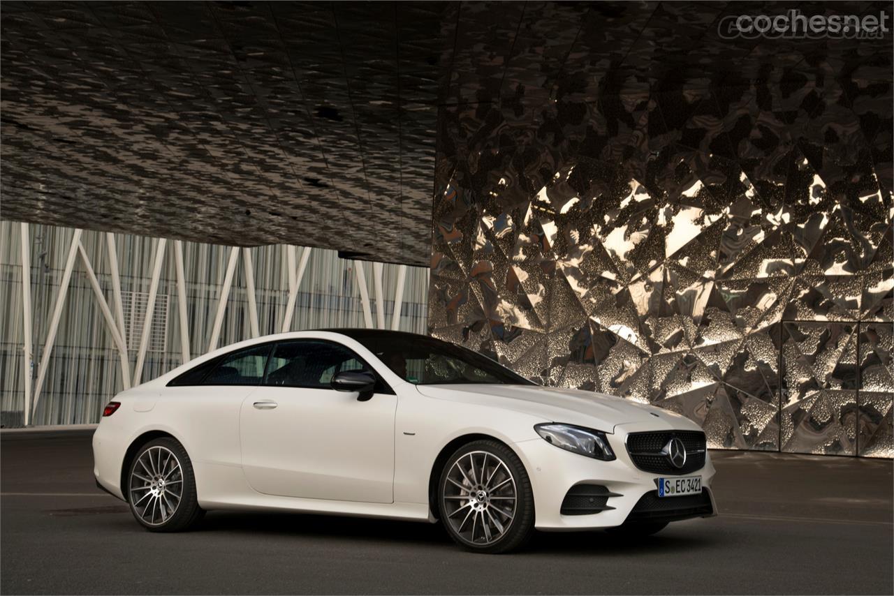 Mercedes-Benz Clase E Coupé: Una auténtica belleza - foto 13