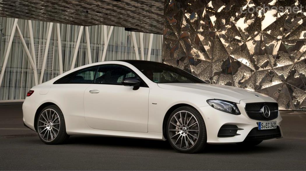 Mercedes benz clase e coup una aut ntica belleza for Modelos de puertas y precios