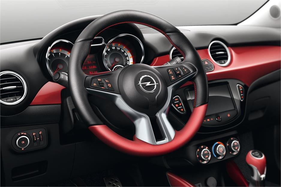 pruebas opel adam 2012 noticias. Black Bedroom Furniture Sets. Home Design Ideas