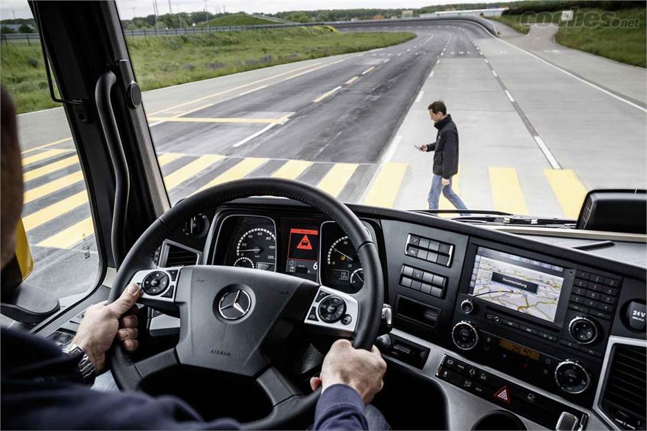 Más en asistencia a la conducción