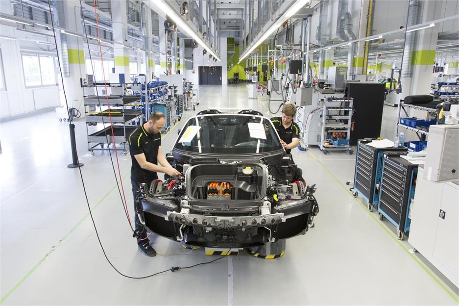Porsche fabrica el último 918 Spyder