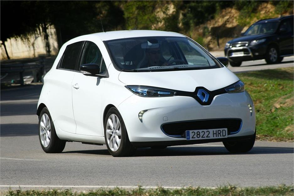 pruebas renault zoe 2013 noticias. Black Bedroom Furniture Sets. Home Design Ideas