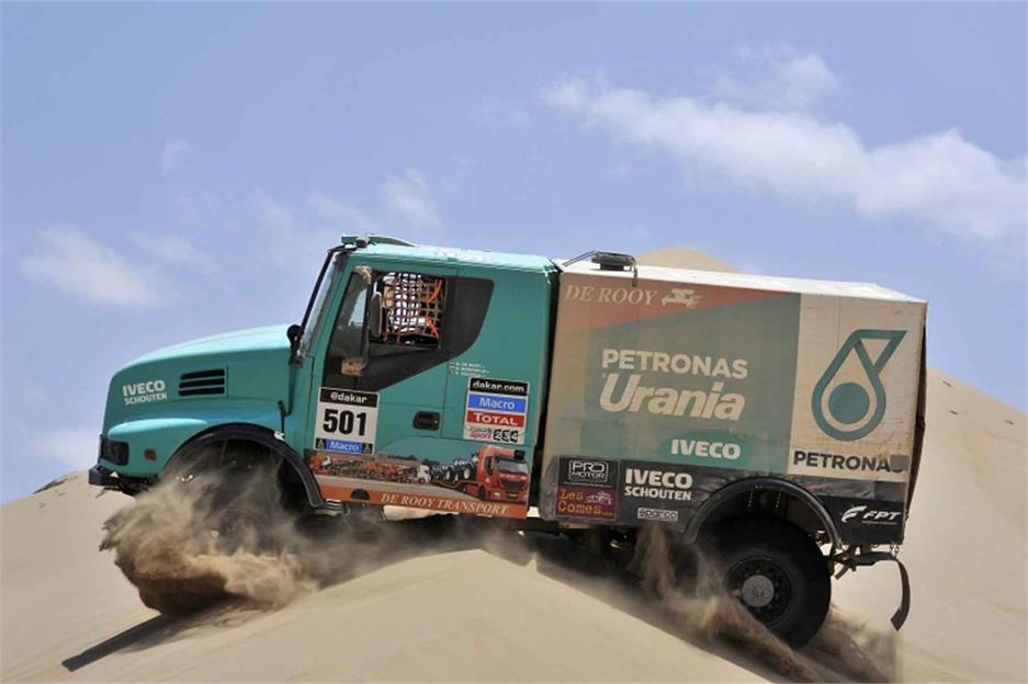 Los Kamaz, favoritos del Dakar 2015