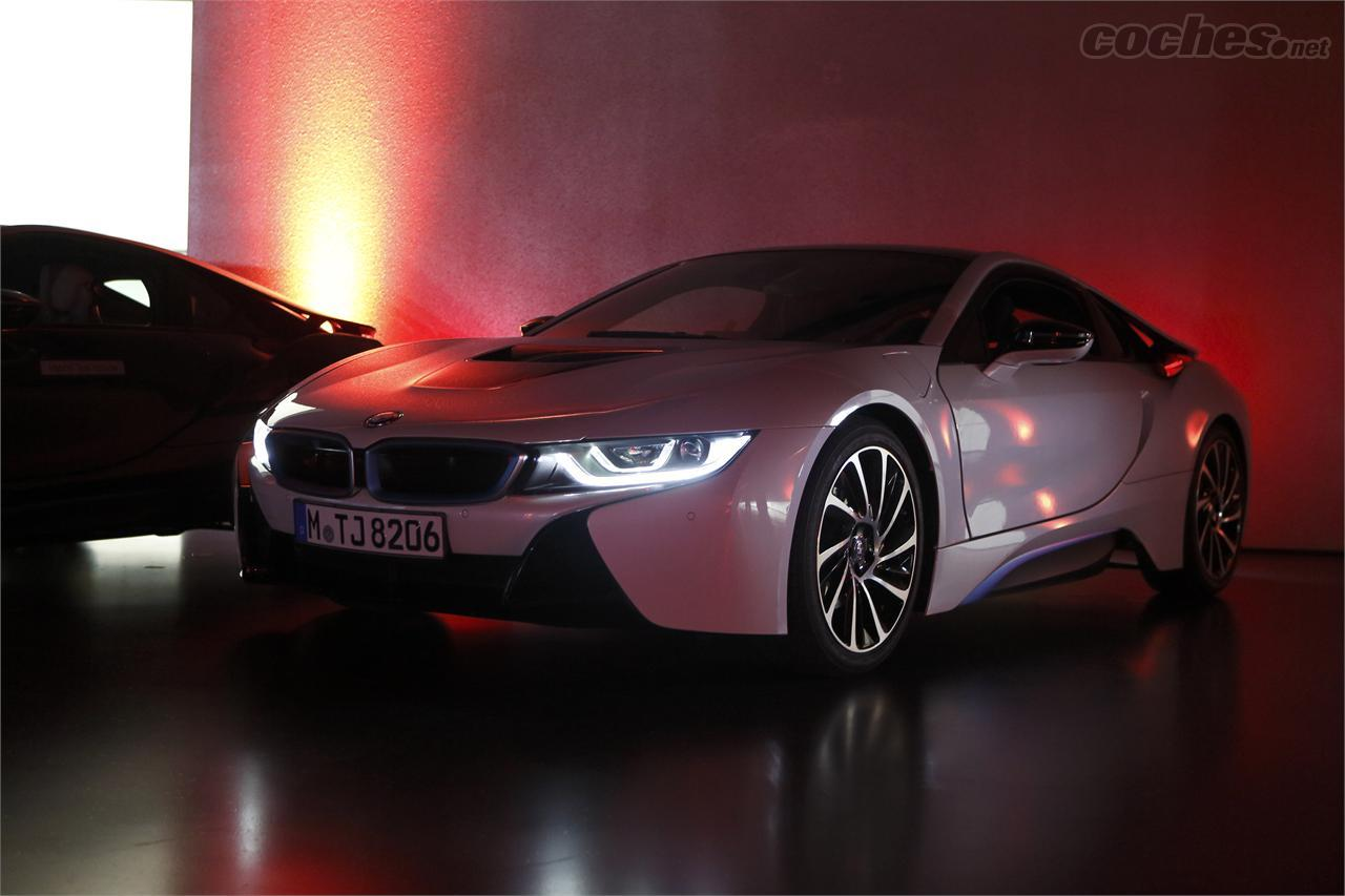 BMW i8: Tecnología láser - foto 1