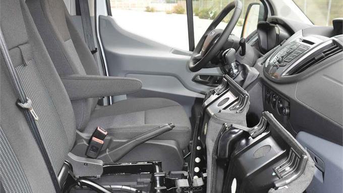 Ford Transit furgón 13m3 155CV