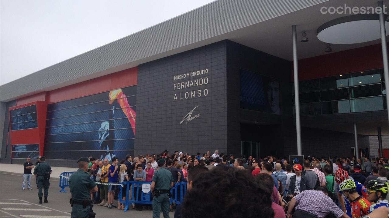 Circuito Fernando Alonso Oviedo : Fernando alonso to build karting tracks in china to unearth f