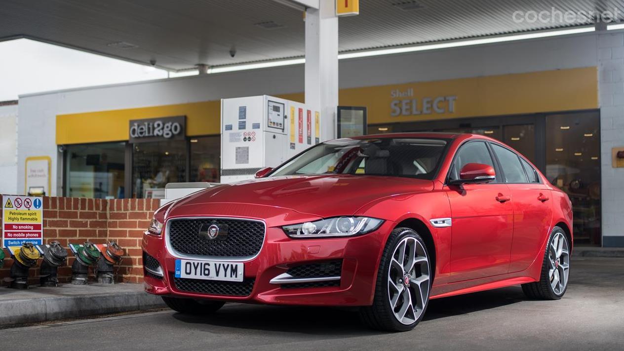 Jaguar F-Pace, XF y XE: Nuevos motores