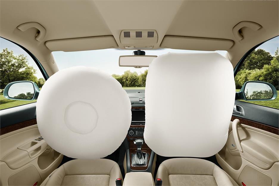 Cinturón, airbag y reposacabezas