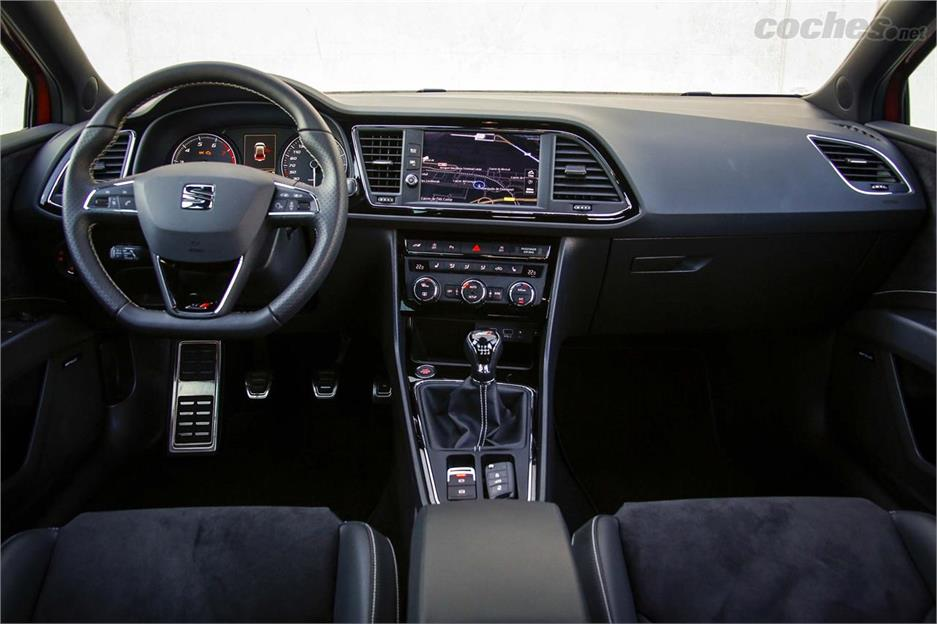 SEAT León CUPRA 300 Performance Pack