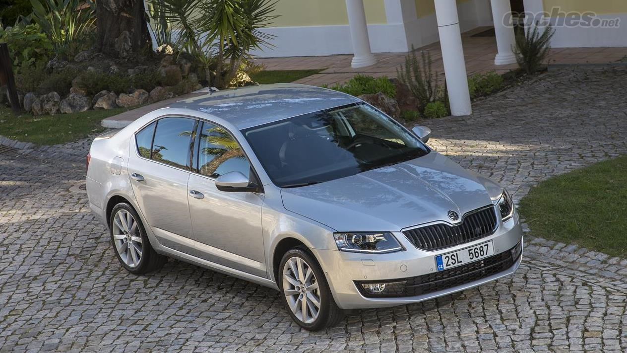 skoda octavia 1 0 tsi 115 cv dsg noticias. Black Bedroom Furniture Sets. Home Design Ideas