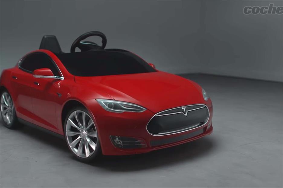 Tesla Model S de Radio Flyer