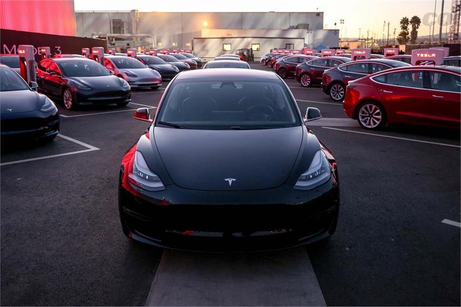 Tesla Model 3, llega en otoño de 2017