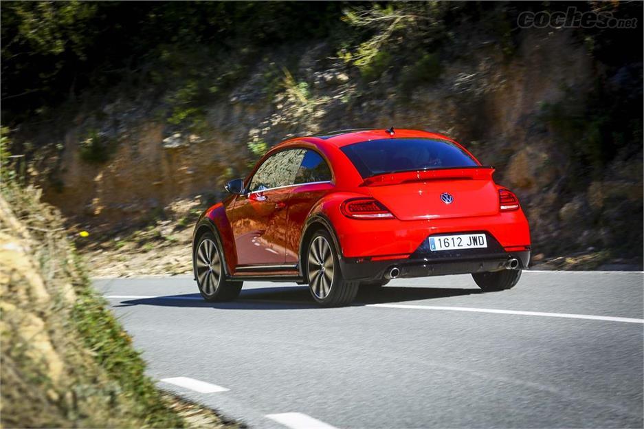 Volkswagen Beetle R-Line 2.0 TSI 220 CV