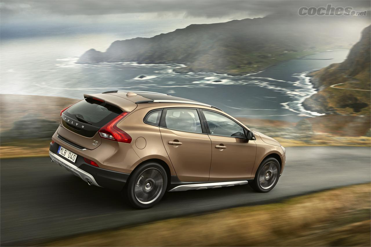 GALERIE: Volvo V40 Cross Country T5 AWD Ocean Race