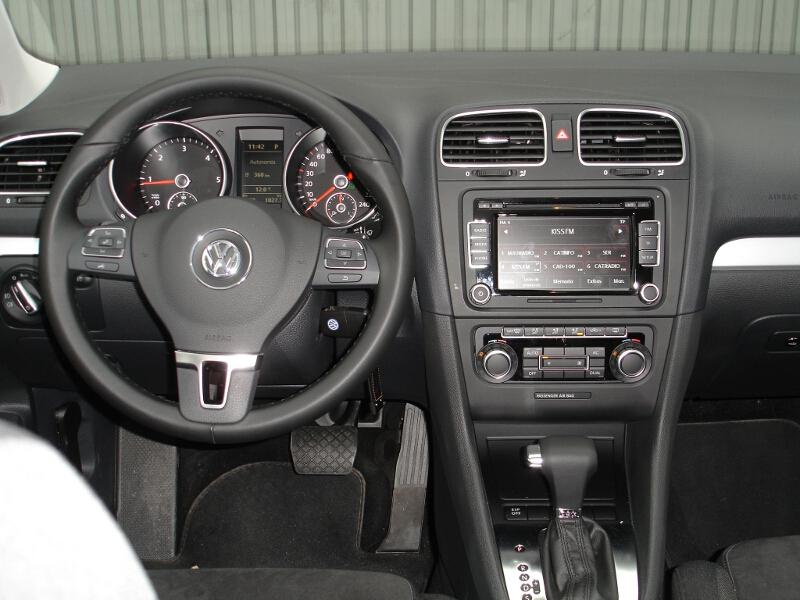 fotos volkswagen golf variant 1 6 tdi 105 cv dsg. Black Bedroom Furniture Sets. Home Design Ideas