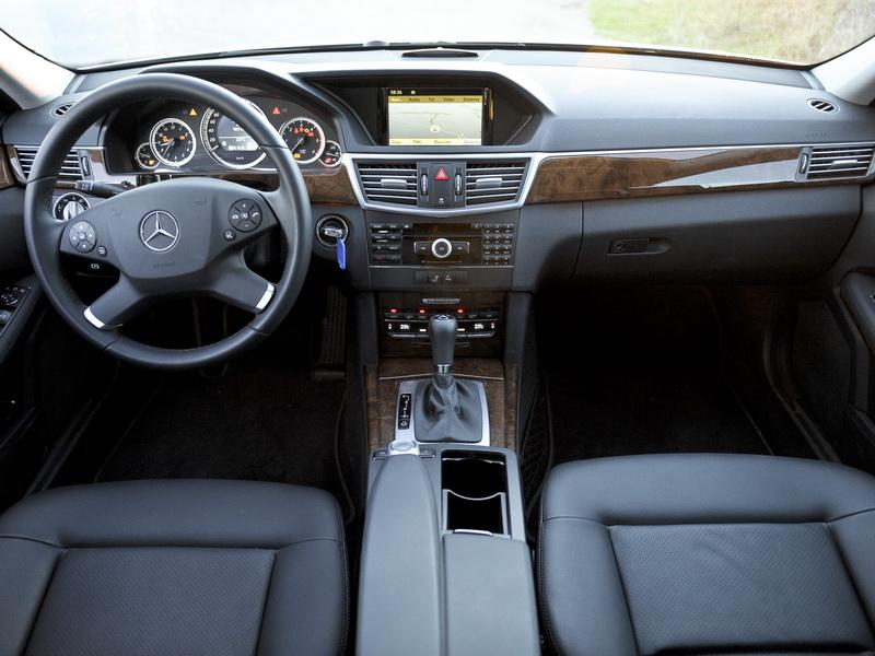 Photographs Mercedes-Benz E 250 CGi BlueEfficency - auto5.borzii