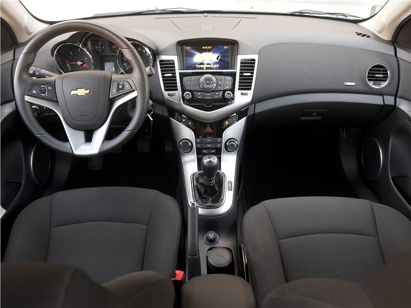 Fotos Chevrolet Cruze 5 puertas 2.0 LTZ - Chevrolet Cruze 5 puertas 2 ...